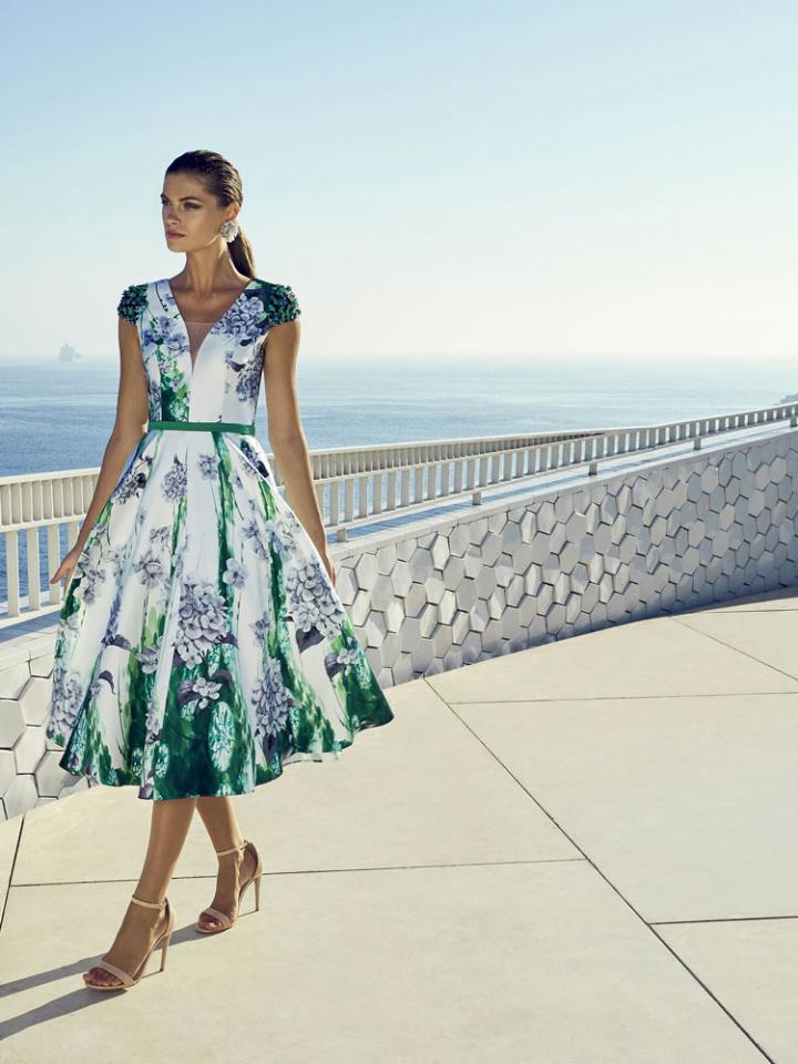 d24b38d681ea Abito-cerimonia-donna-carla-ruiz-2019-firenze-toscana-